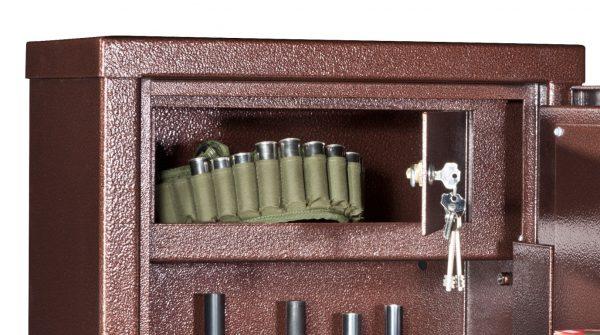 B250S 7 fucili + 4 ripiani Armadio Blindato